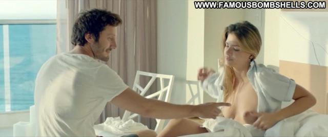 Eugenia Suarez El Hilo Rojo Bed Babe Posing Hot Celebrity Big Tits