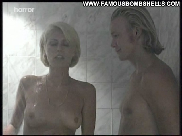 Melissa Mountifield Shower Of Blood Hot Nice Medium Tits Pretty