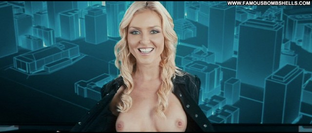 Casey Durkin Freerunner Bombshell Sultry Medium Tits Blonde Sensual