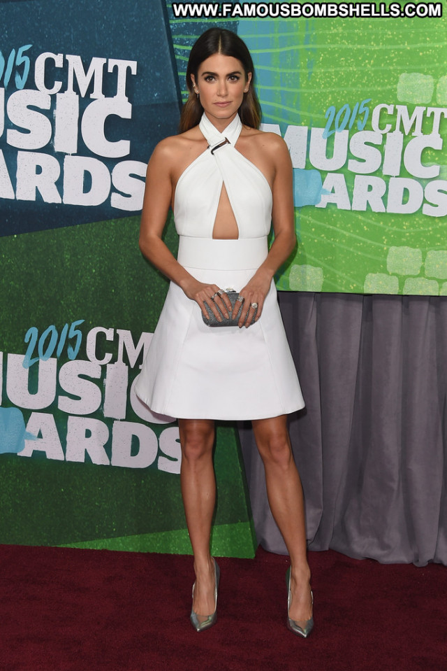 Nikki Reed Cmt Music Awards Sultry Celebrity Awards Sensual Pretty