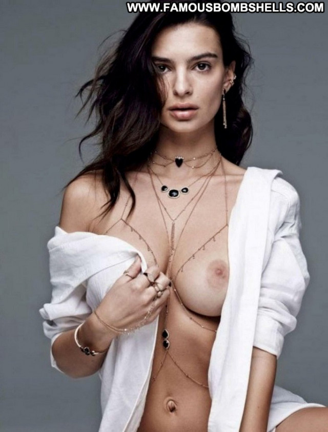 Emily Ratajkowski Be Cool Babe Celebrity Magazine Posing Hot Beautiful
