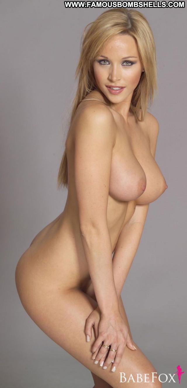 Emily Scott No Source Big Tits Beautiful Babe Boobs Australian