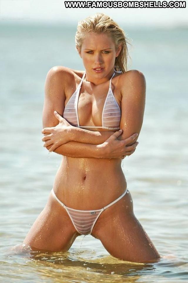 Nicky Whelan No Source Actress Sexy Babe Posing Hot Celebrity