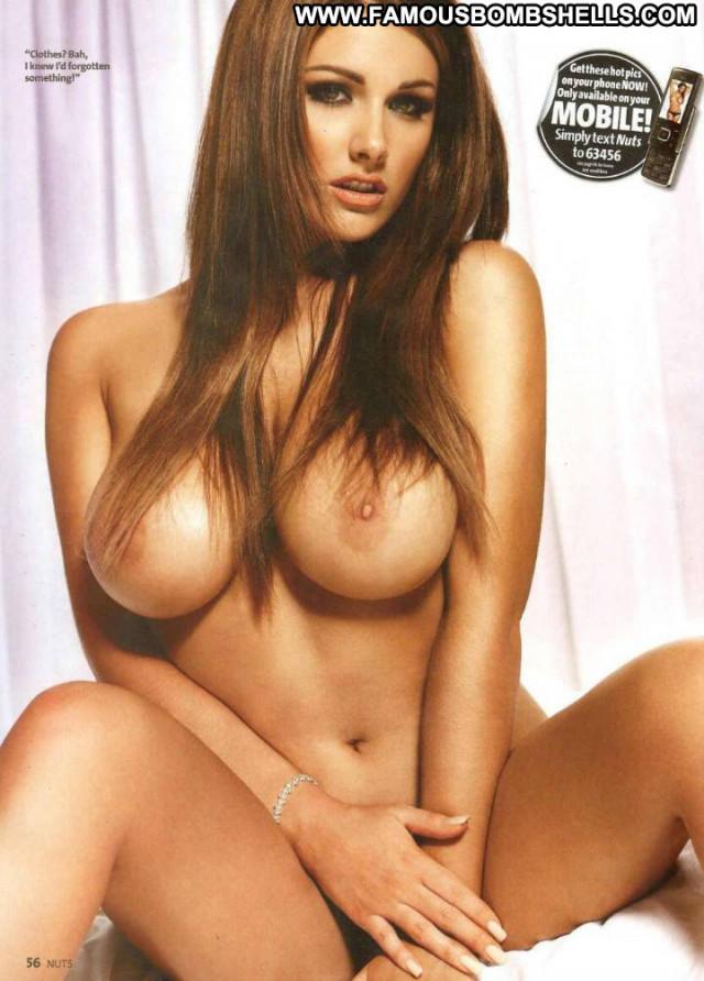Pamela Anderson No Source Sport Babe Celebrity Posing Hot Beautiful