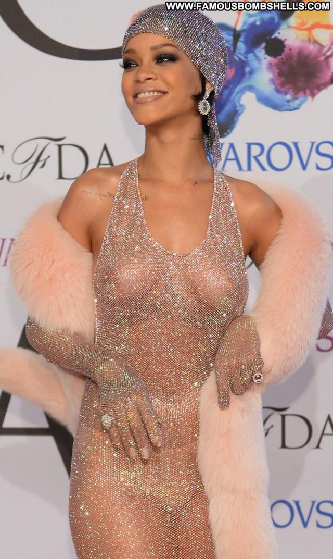 Rihanna New York Beautiful Big Tits Singer Breasts Fashion New York