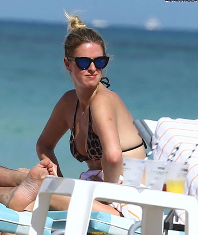 Nicky Hilton No Source Bikini Beautiful Babe Beach Celebrity Posing
