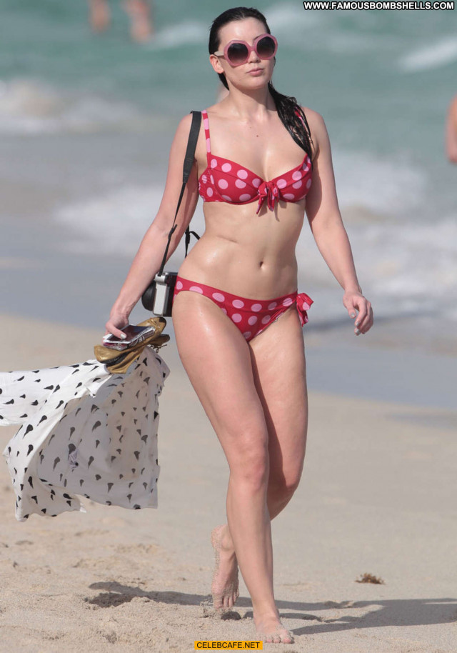 Daisy Lowe No Source Beautiful Bikini Babe Celebrity Beach Posing Hot