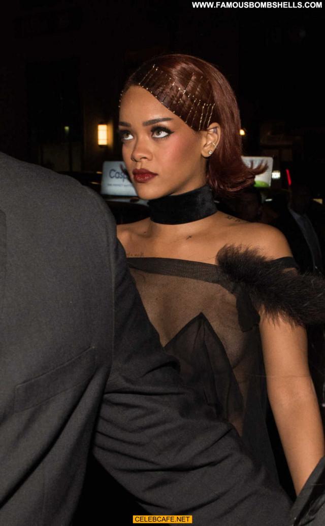 Rihanna No Source Wardrobe Malfunction Party Babe Beautiful Celebrity