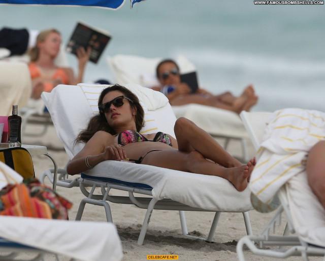 Alessandra Ambrosio Miami Beach Babe Celebrity Beautiful Posing Hot