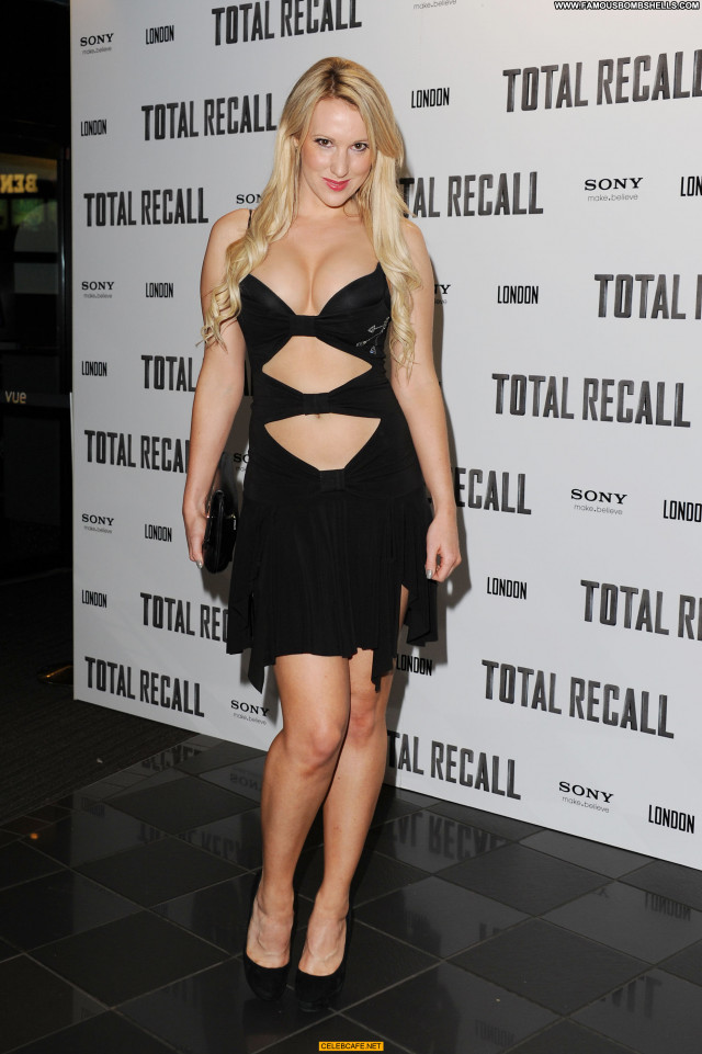 Rebecca Ferdinando Total Recall Celebrity Babe Legs Cleavage Uk