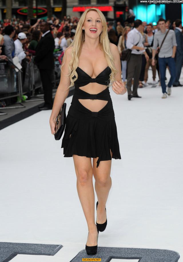 Rebecca Ferdinando Total Recall London Posing Hot Uk Legs Babe