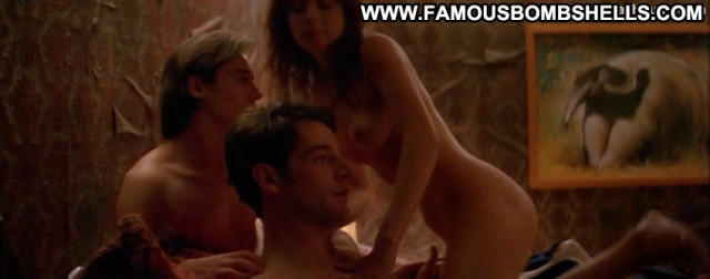Anna Friel The Tribe  Bus Babe Breasts Old Big Tits Celebrity Movie