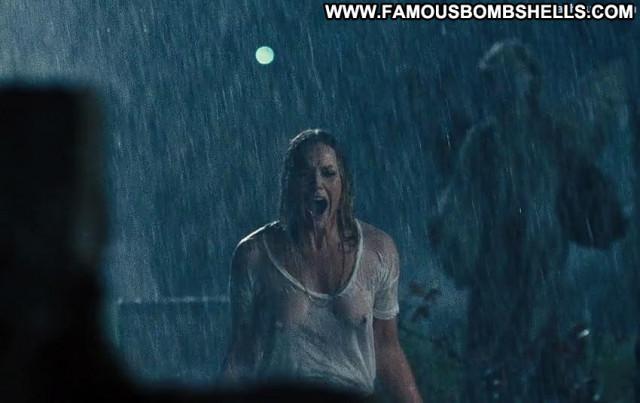 Christine Marzano Seven Psychopaths Wet Posing Hot Celebrity Shirt