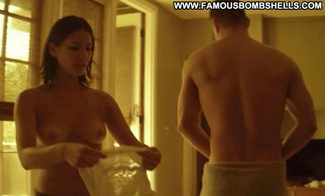 Olivia Munn Attack Of The Show Celebrity Posing Hot Movie Breasts