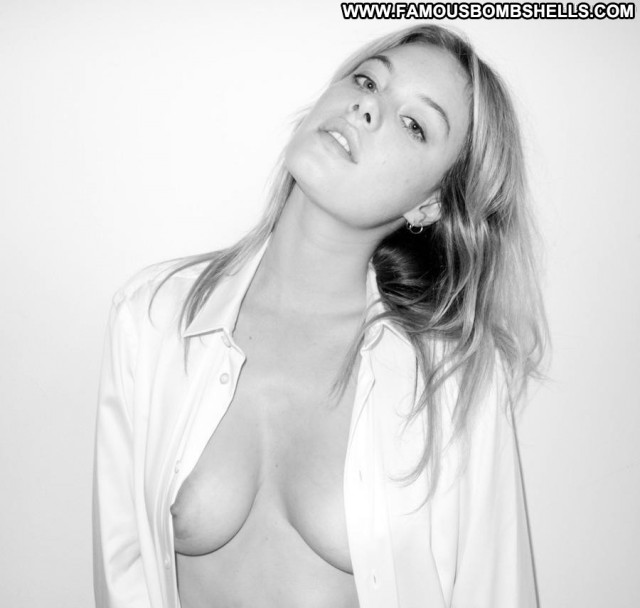 Camille Rowe Photo Shoot Big Tits Topless Blonde Beautiful Toples