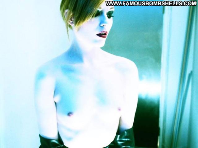 Evan Rachel Wood Marilyn Manson Toples Girlfriend Beautiful Posing