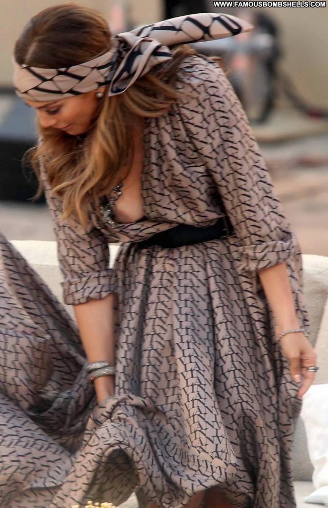 Jennifer Lopez The Dress Latina Braless Celebrity Beautiful Bra