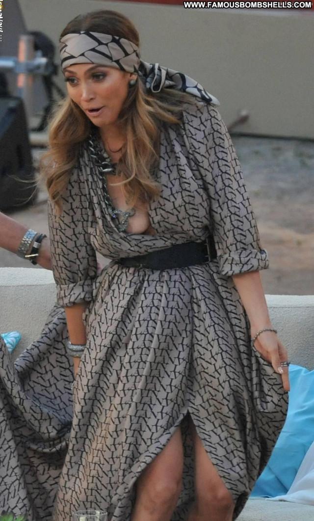 Jennifer Lopez The Dress German Braless Beautiful Latin Posing Hot