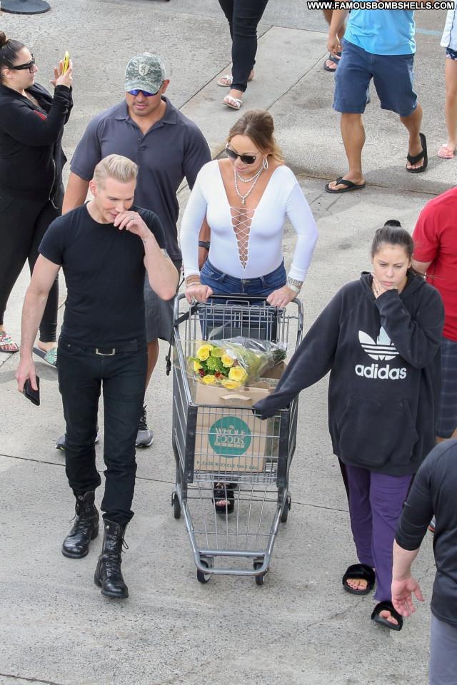 Mariah Carey No Source Beautiful Celebrity Hawaii Bra Babe Car Posing