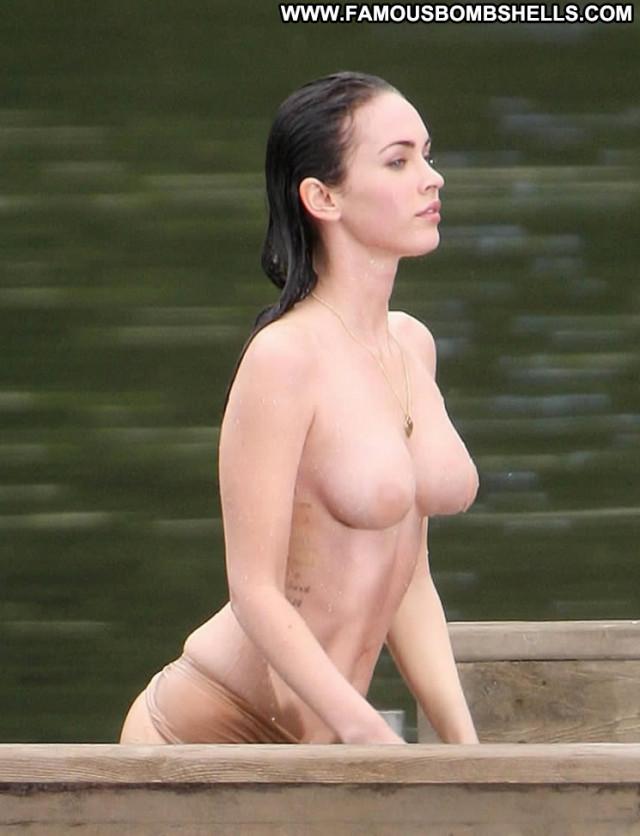 Megan Fox No Source Reality Bar Gorgeous Glamour Babe Perfect Asian