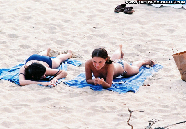 Natalie Portman Topless Beach Posing Hot Actress Old Celebrity Hot
