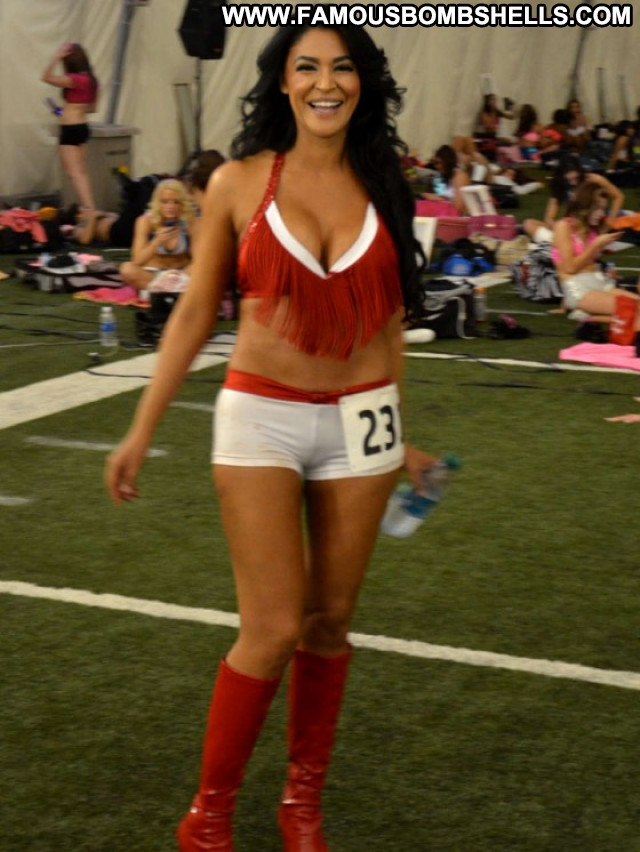 Houston Texans Posing Hot Babe Celebrity Beautiful Paparazzi