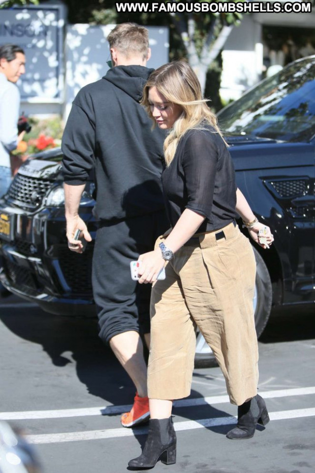 Hilary Duff Los Angeles Celebrity Beautiful Posing Hot Los Angeles