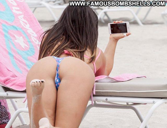 Claudia Romani No Source Posing Hot Babe Celebrity Doggy Style