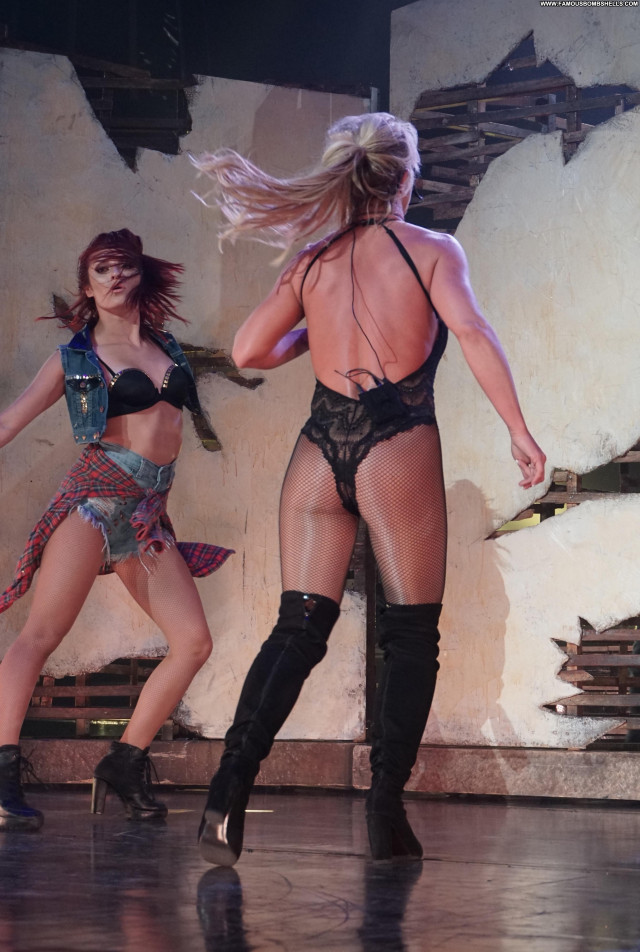 Britney Spears Las Vegas Blonde Sex Beautiful Posing Hot Celebrity