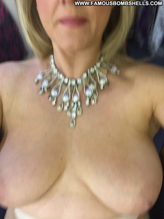 Sally Lindsay Cameron Davis Celebrity Babe Posing Hot Singer Bar Car
