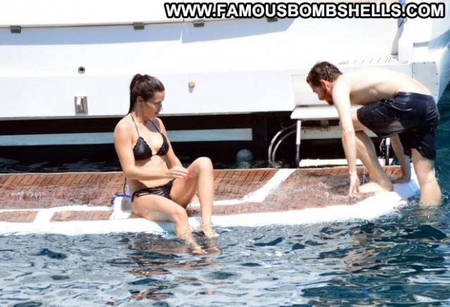 Bikini No Source Yacht Babe Posing Hot Paparazzi Black Beautiful
