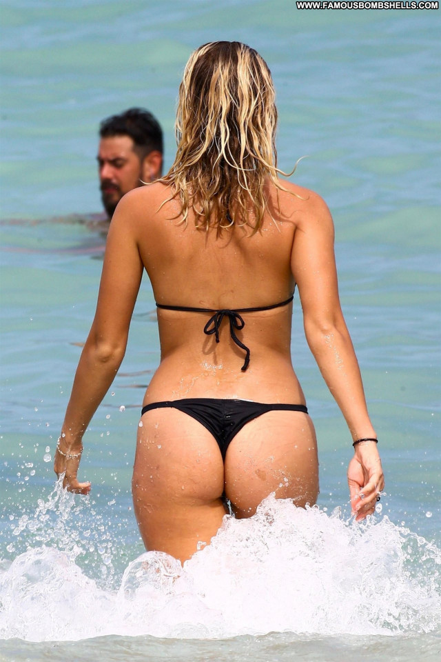 Claudia Romani Beach Bunny Celebrity Old Candids Hot Babe Posing Hot