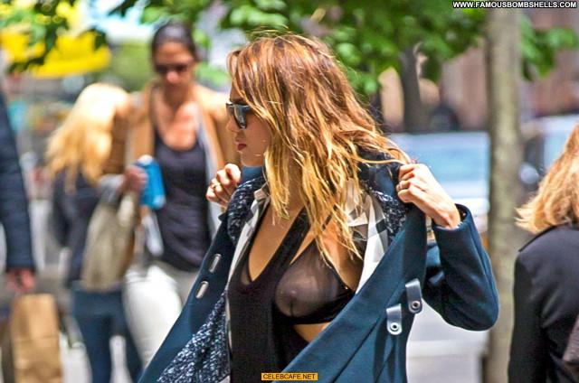 Jessica Alba No Source Babe Candids See Through Celebrity Bra