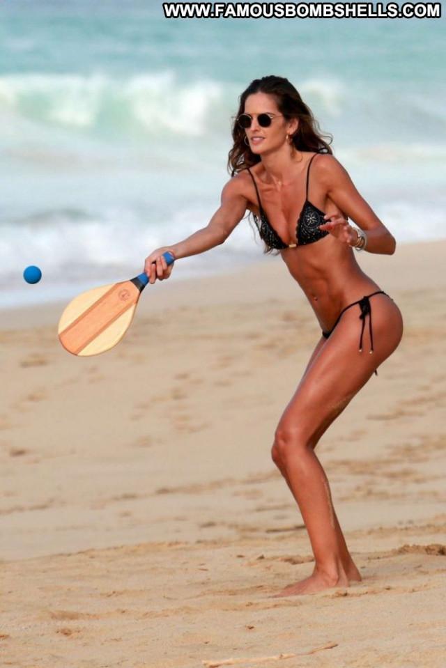 Izabel Goulart No Source Babe Posing Hot Beach Bikini Celebrity