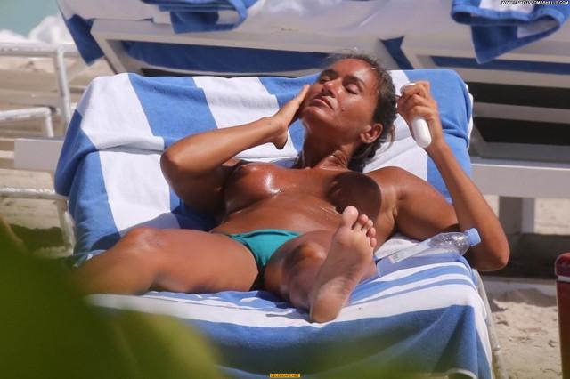 Eda Taspinar No Source Beautiful Toples Posing Hot Celebrity Babe