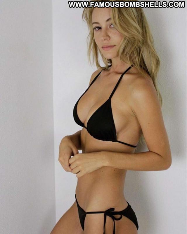 Bryana Holly No Source  Hot Celebrity Beautiful Babe Posing Hot