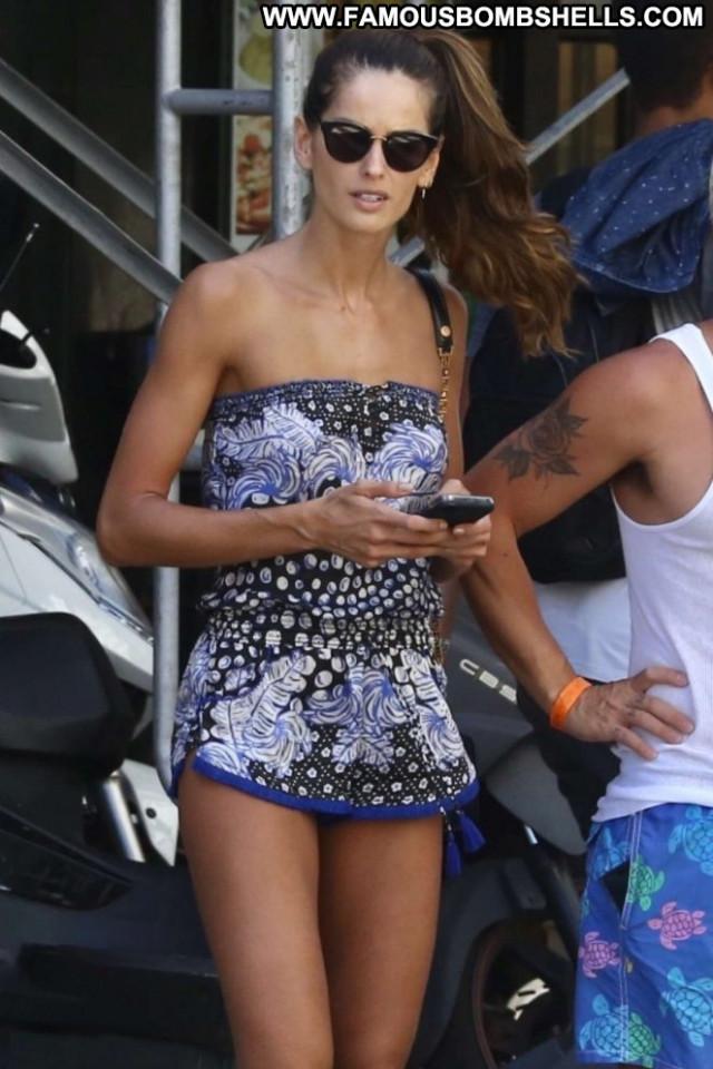 Izabel Goulart No Source Babe Celebrity Paparazzi Showing Legs Legs
