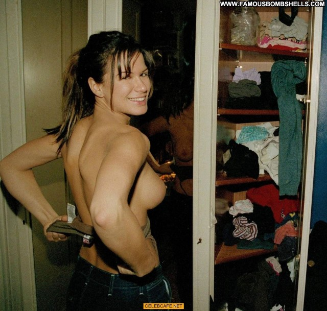 Rhona Mitra No Source  Toples Posing Hot Babe Celebrity Topless