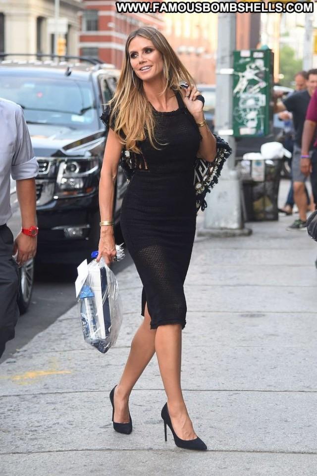 Heidi Klum No Source Celebrity Beautiful Posing Hot Babe Paparazzi