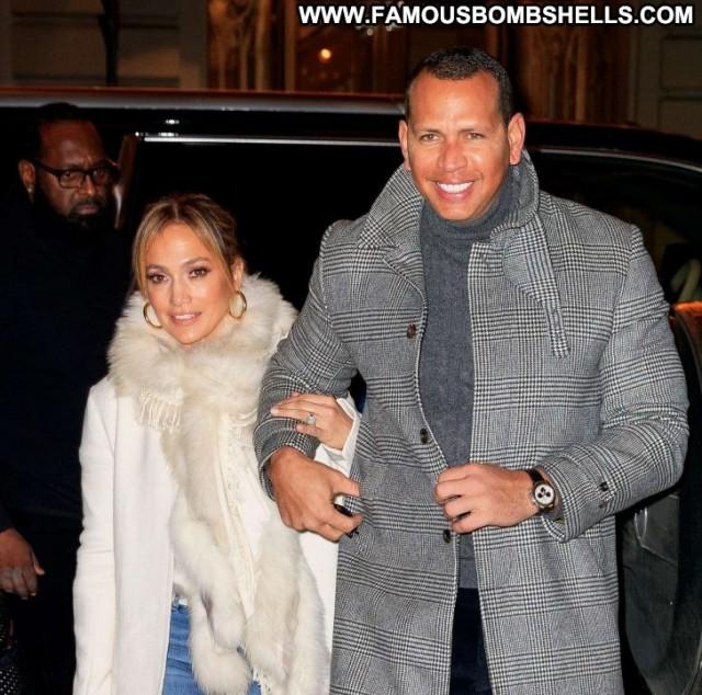 Jennifer Lopez New York Celebrity Paparazzi New York Beautiful Posing