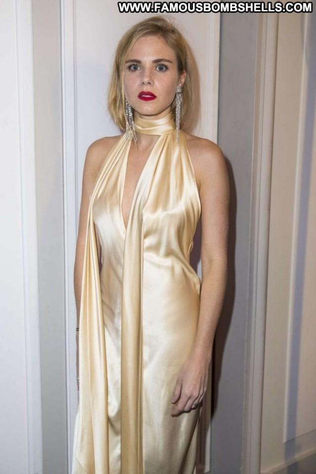 Tatiana Verstraeten No Source Celebrity Paparazzi Beautiful Posing