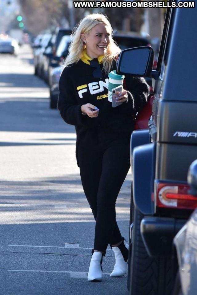 Hilary Duff No Source Celebrity Kitchen Babe Posing Hot Paparazzi