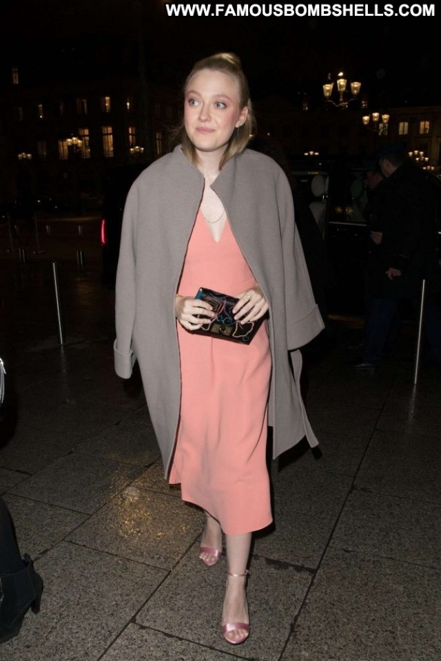 Dakota Fanning No Source Beautiful Babe Paris Paparazzi Celebrity