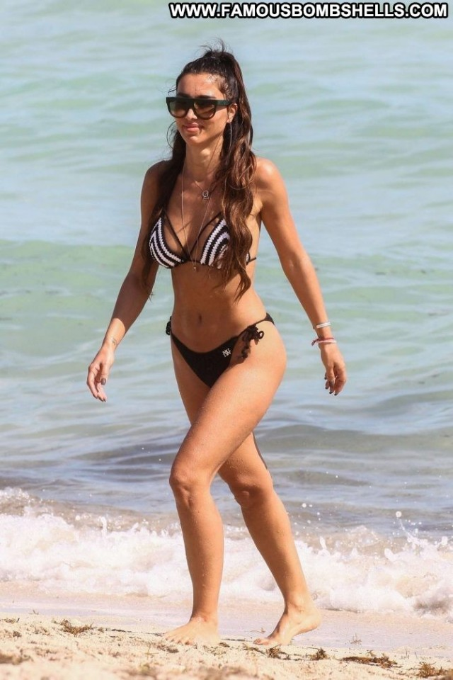 Metisha Schaefer The Beach  Celebrity Beautiful Paparazzi Bikini