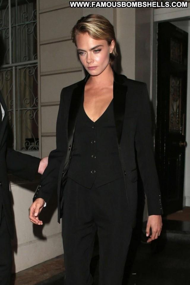 Cara Delevingne No Source Paparazzi Beautiful London Babe Celebrity