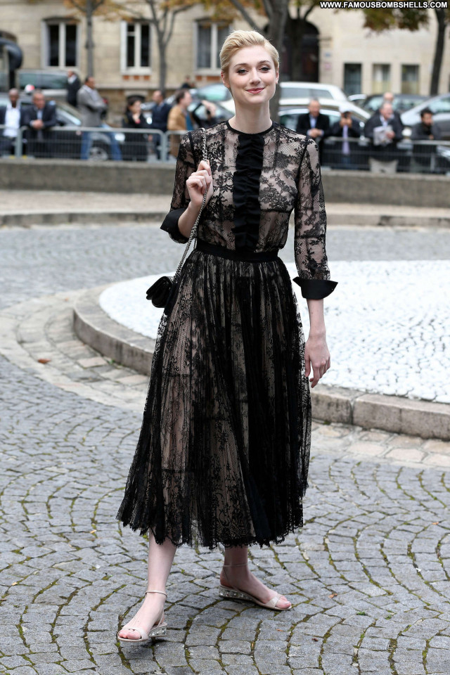 Elizabeth Debicki Fashion Show Posing Hot Beautiful Paris Babe