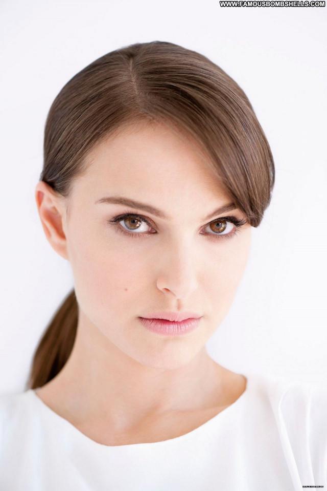 Natalie Portma No Source Posing Hot Sexy Celebrity Beautiful Babe