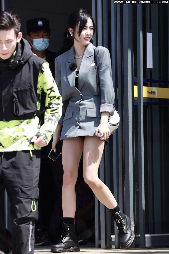 Wu Xuanyi No Source  Celebrity Sexy Babe Beautiful Posing Hot