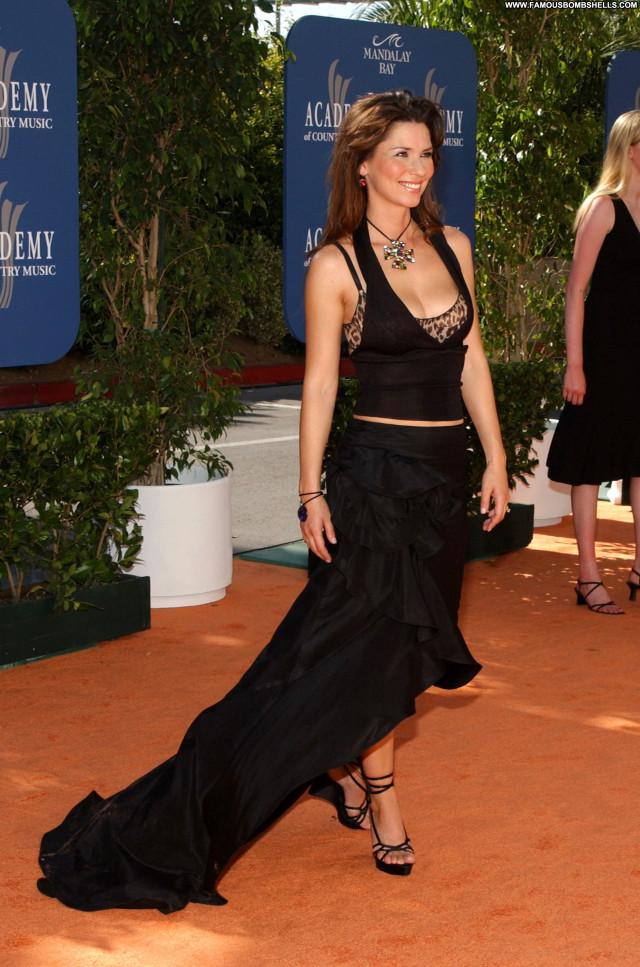 Shania Twain No Source Asian Posing Hot Celebrity Beautiful Babe