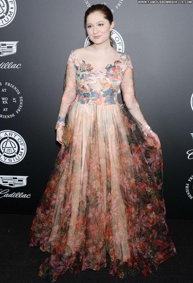 Emma Kenney No Source Celebrity Posing Hot Babe Beautiful Paparazzi